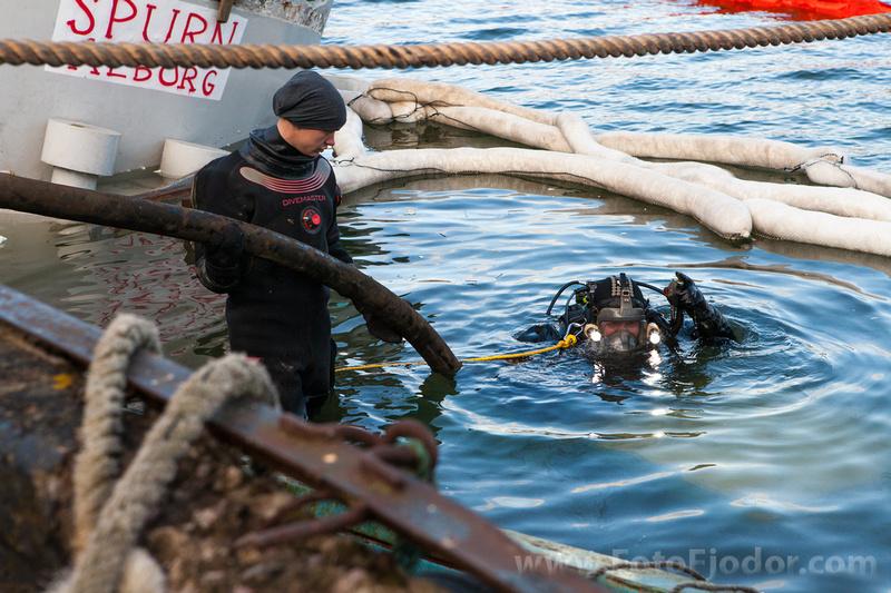 Diver bilges the hose